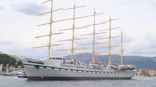 Napravljen u Brodosplitu: Najveći jedrenjak na svijetu u proljeće ide na prvo putovanje