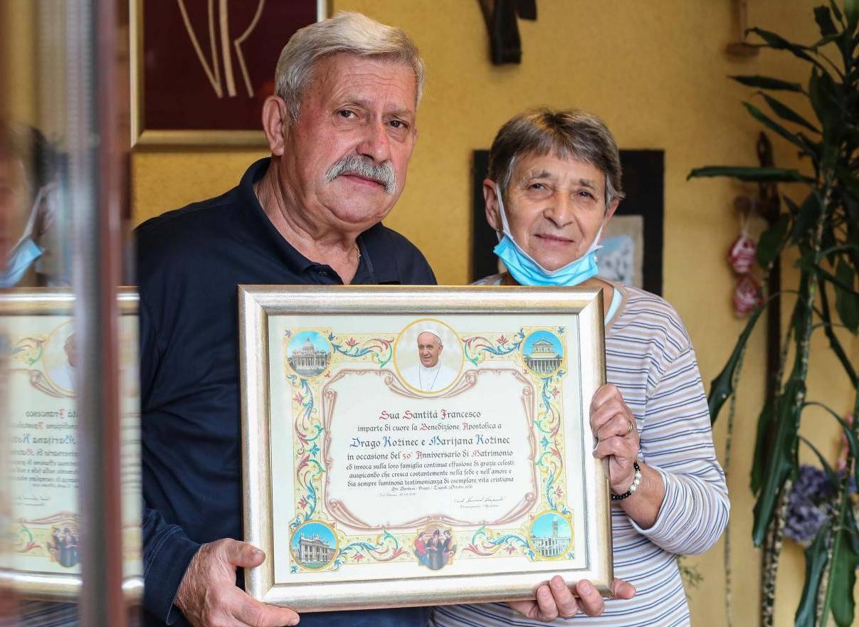 Drago i Marijana za zlatni pir dobili su blagoslov pape Franje