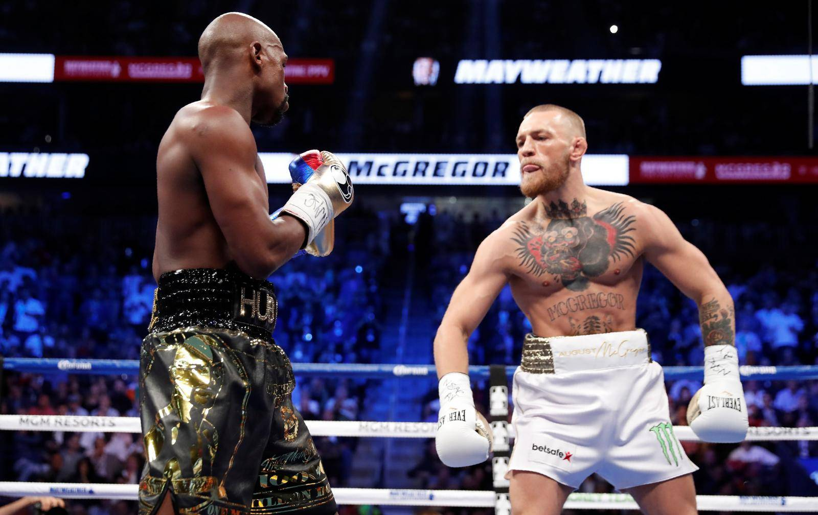 FILE PHOTO: Floyd Mayweather Jr. vs Conor McGregor
