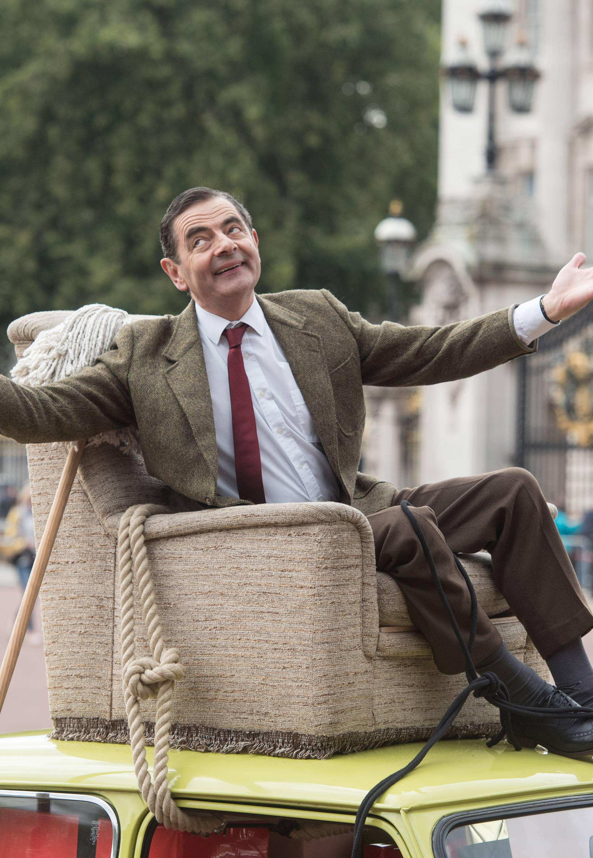 Mr Bean at Buckingham Palace