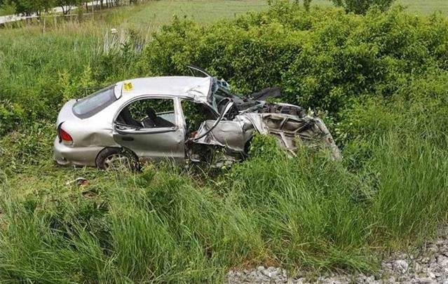 Sudarili se automobil i vlak, muškarac (55) umro u bolnici