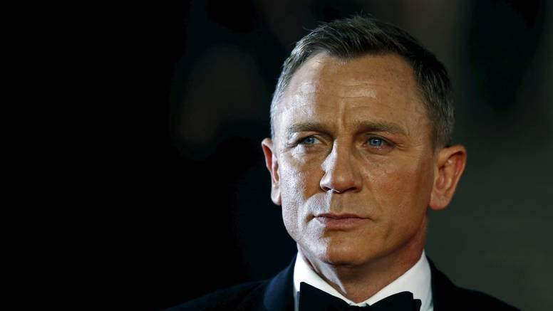 Daniel Craig više nije Bond, ali postao je počasni zapovjednik u britanskoj kraljevskoj mornarici