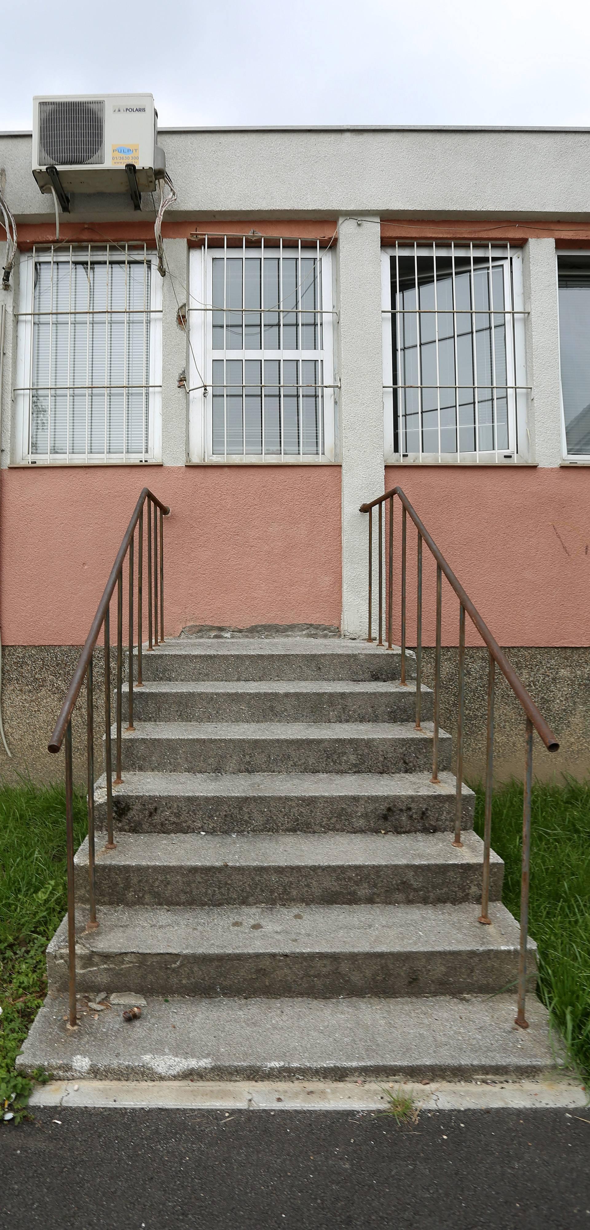 Ove stepenice u Zagrebu već deset godina ljude vode u - zid