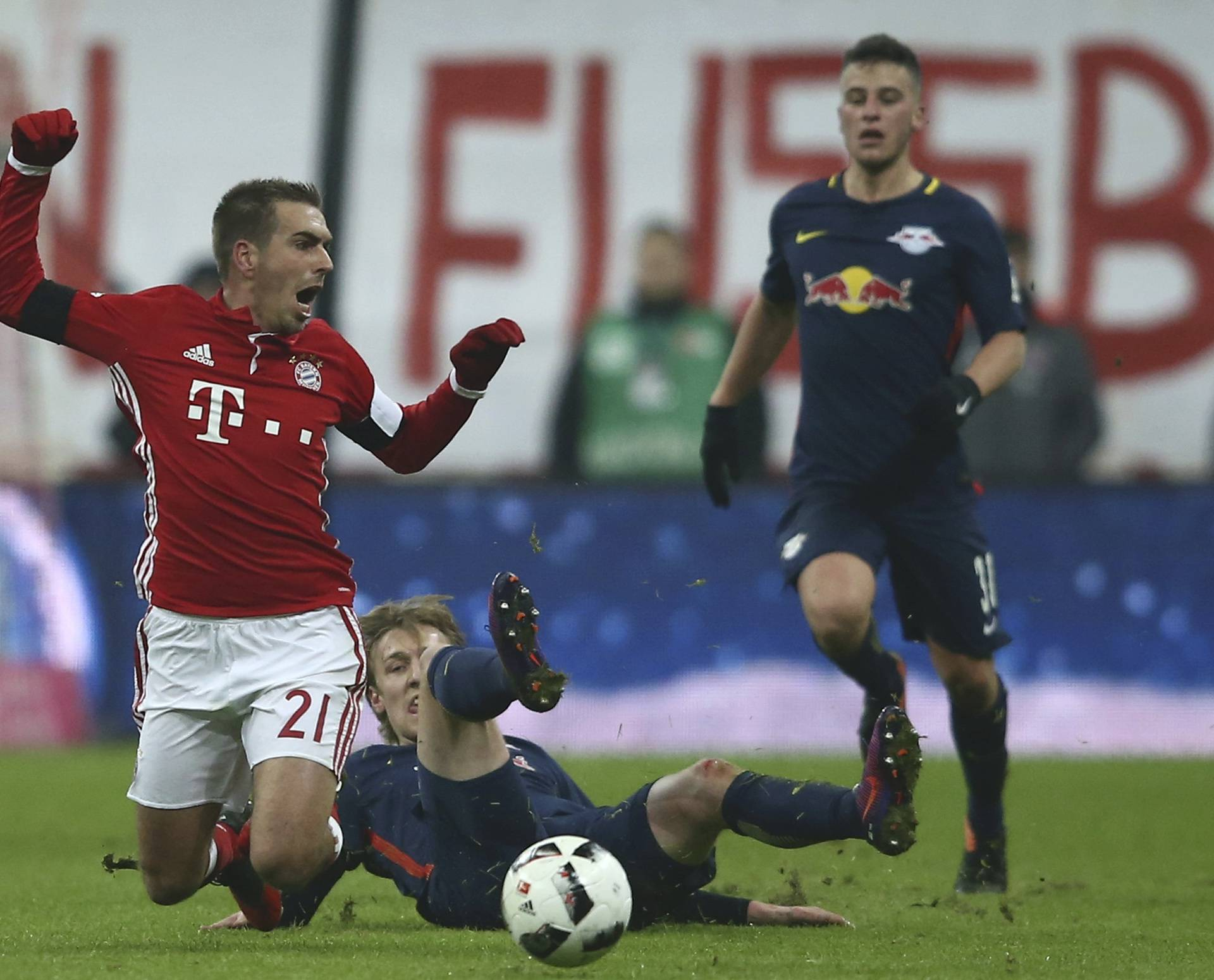 Football Soccer - Bayern Munich v RB Leipzig