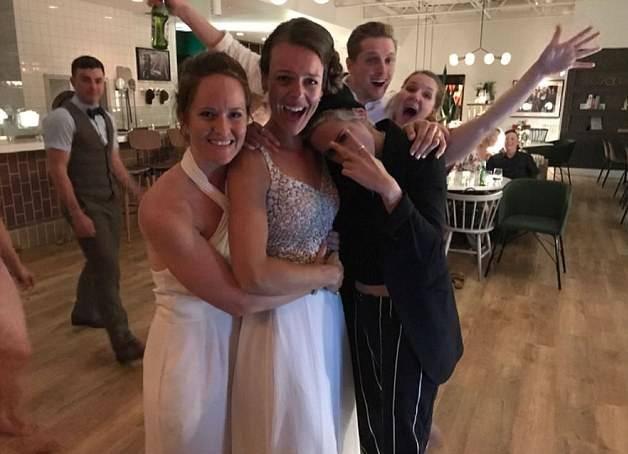 Kristen je sa svojom djevojkom Stellom upala na vjenčanje