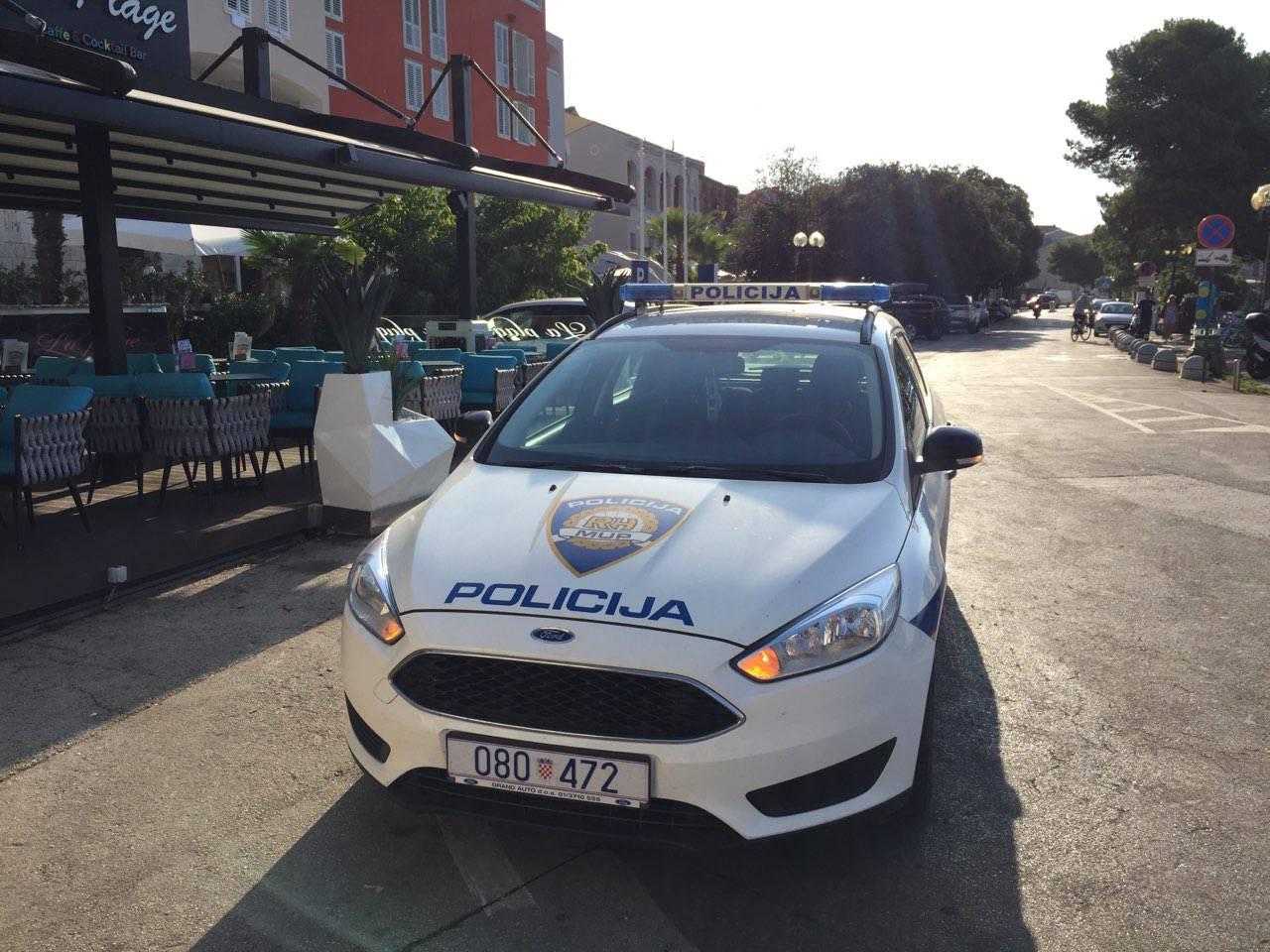 Mladić (18) u Bribiru ukrao je moped pa ga je izveo u vožnju