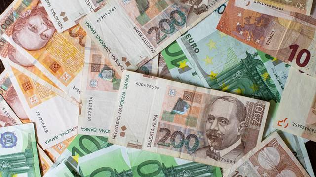Kuna je na tjednoj razini ojačala prema euru za 0,30 posto