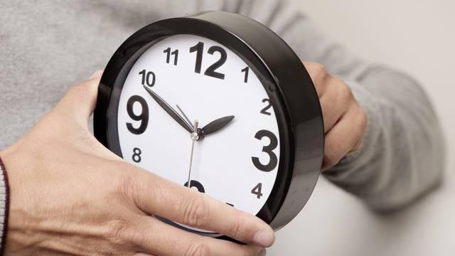 Završava ljetno računanje vremena: U nedjelju vraćamo kazaljke jedan sat unatrag