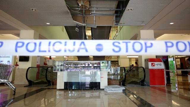 Rijeka: Žena propala kroz strop u shoping centru