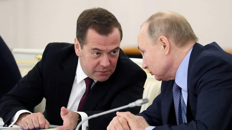 Ostavka ruske vlade: Priprema se teren za Putinov mandat