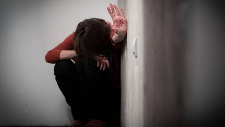 Francuzi uhvatili Talijana koji je silovao 160 žena i maloljetnica
