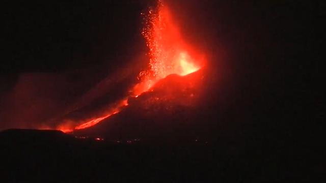 U Indoneziji eruptirali vulkani