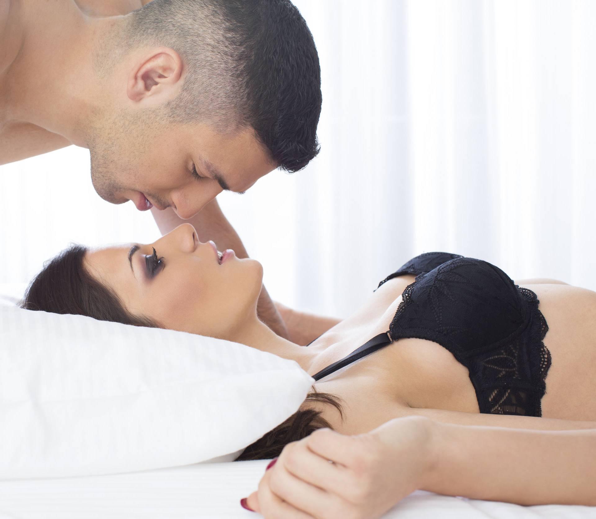 Ove poze su ženama najdraže,  a i igranje klitorisom je  važno