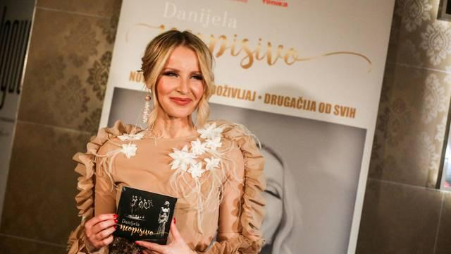 Zagreb: Danijela Martinović predstavila svoj album Neopisivo