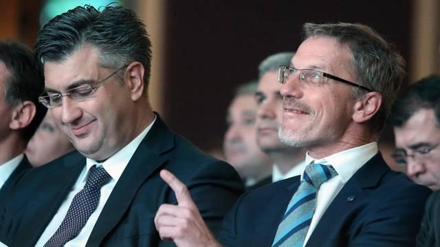Pao je dogovor: Boris Vujčić i dalje ostaje guverner HNB-a
