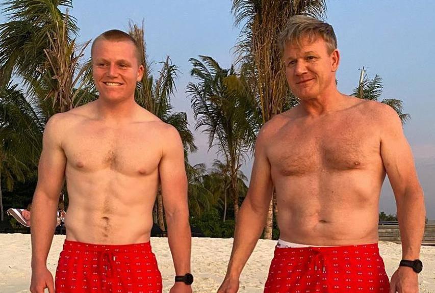 Slavni kuhar pozirao na plaži u 54-oj: 'Izgledaš kao mladić...'