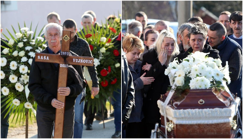 Tuga u Vrbovskom: Prijatelji i obitelj oprostili su se od Saše...