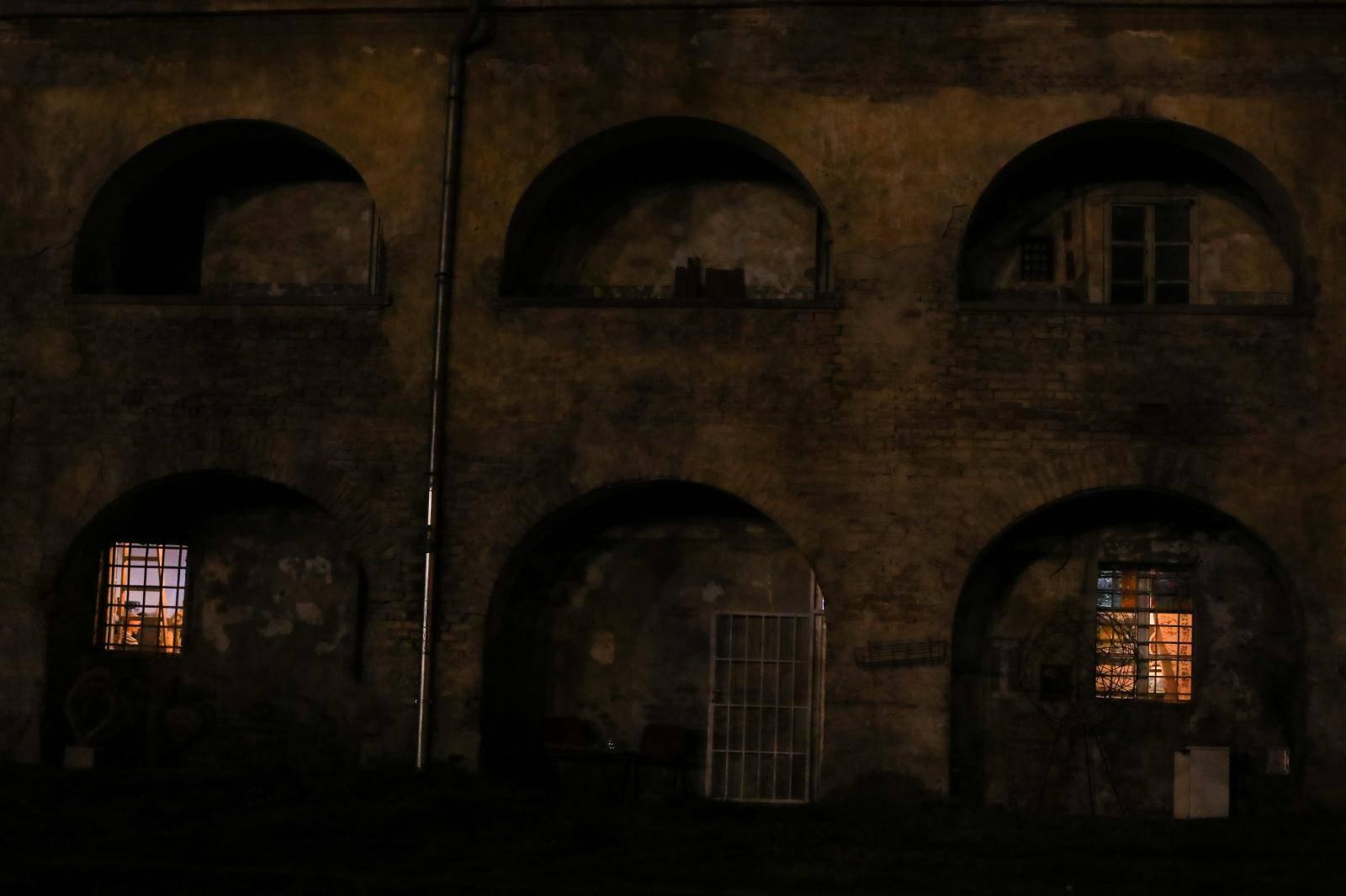 Osječka tvrđa u mraku povodom Sata za planet Zemlju