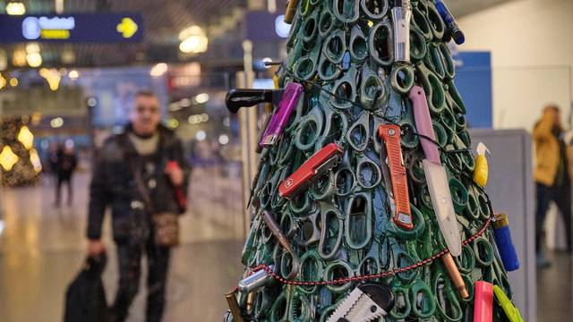 A Christmas tree made from the items that were taken away from passengers during security screening in Vilnius airport