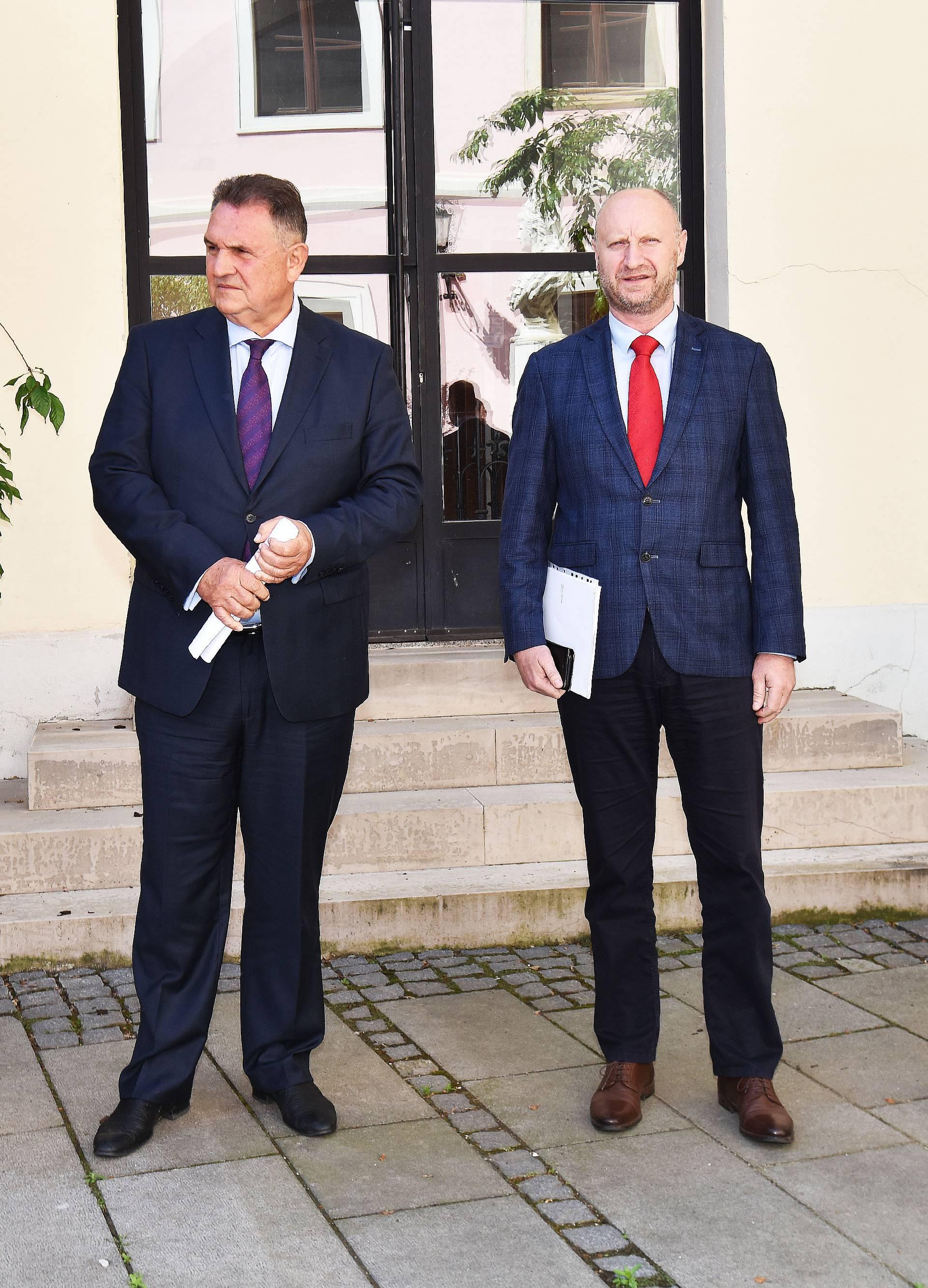 Varaždin: Konferencija za medije župana o (ne)odlasku učenika u škole