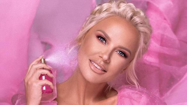 Maja lansirala parfem, no nisu je prepoznali: 'Da ne piše ime, ne bih znala o kome se radi...'