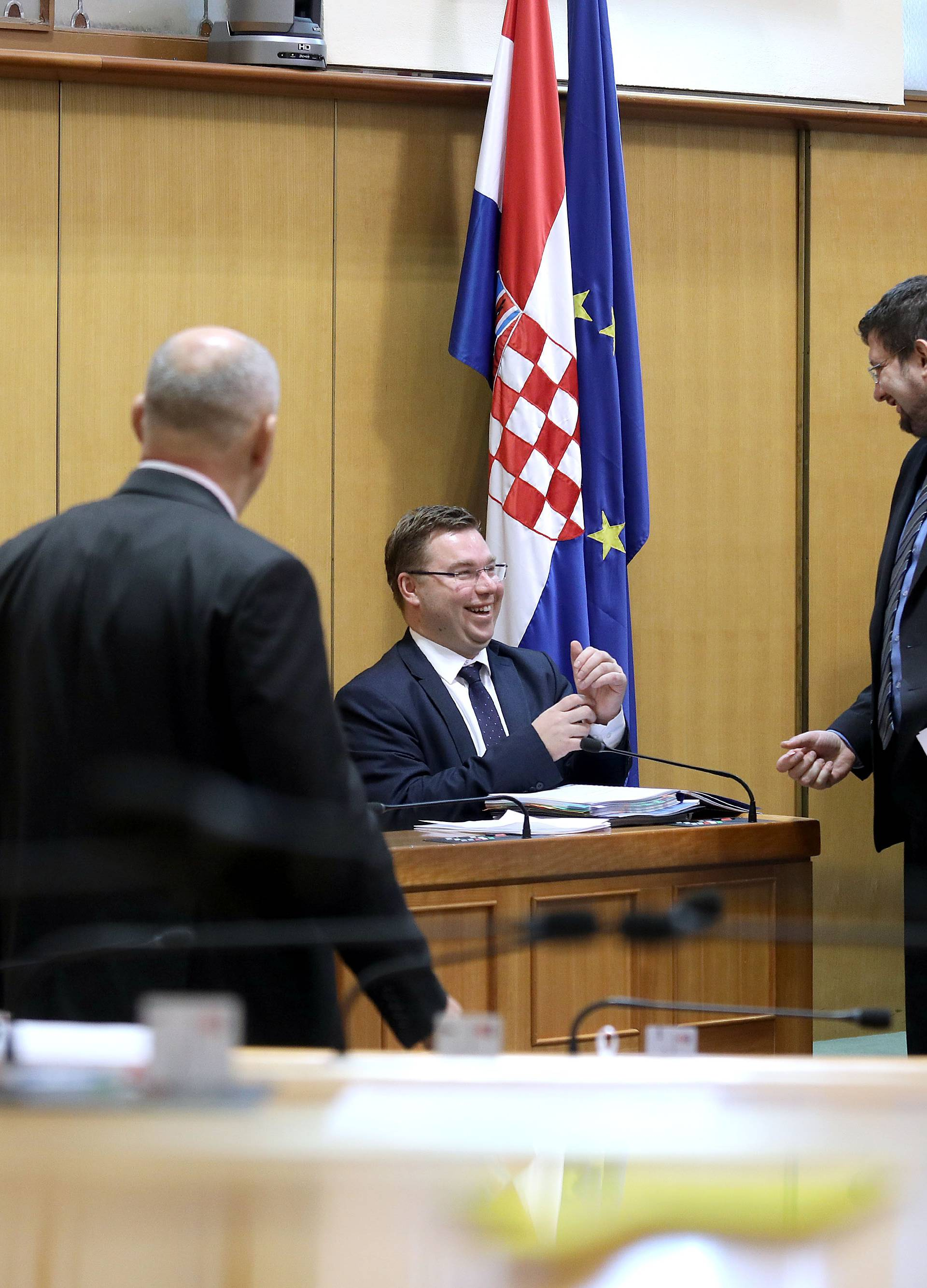 Zagreb: Sabor raspravlja o paketu mirovinskih zakona