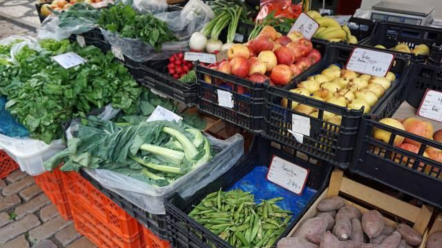 Kakvu hranu jedemo u Hrvatskoj? Ima li štetnih tvari?