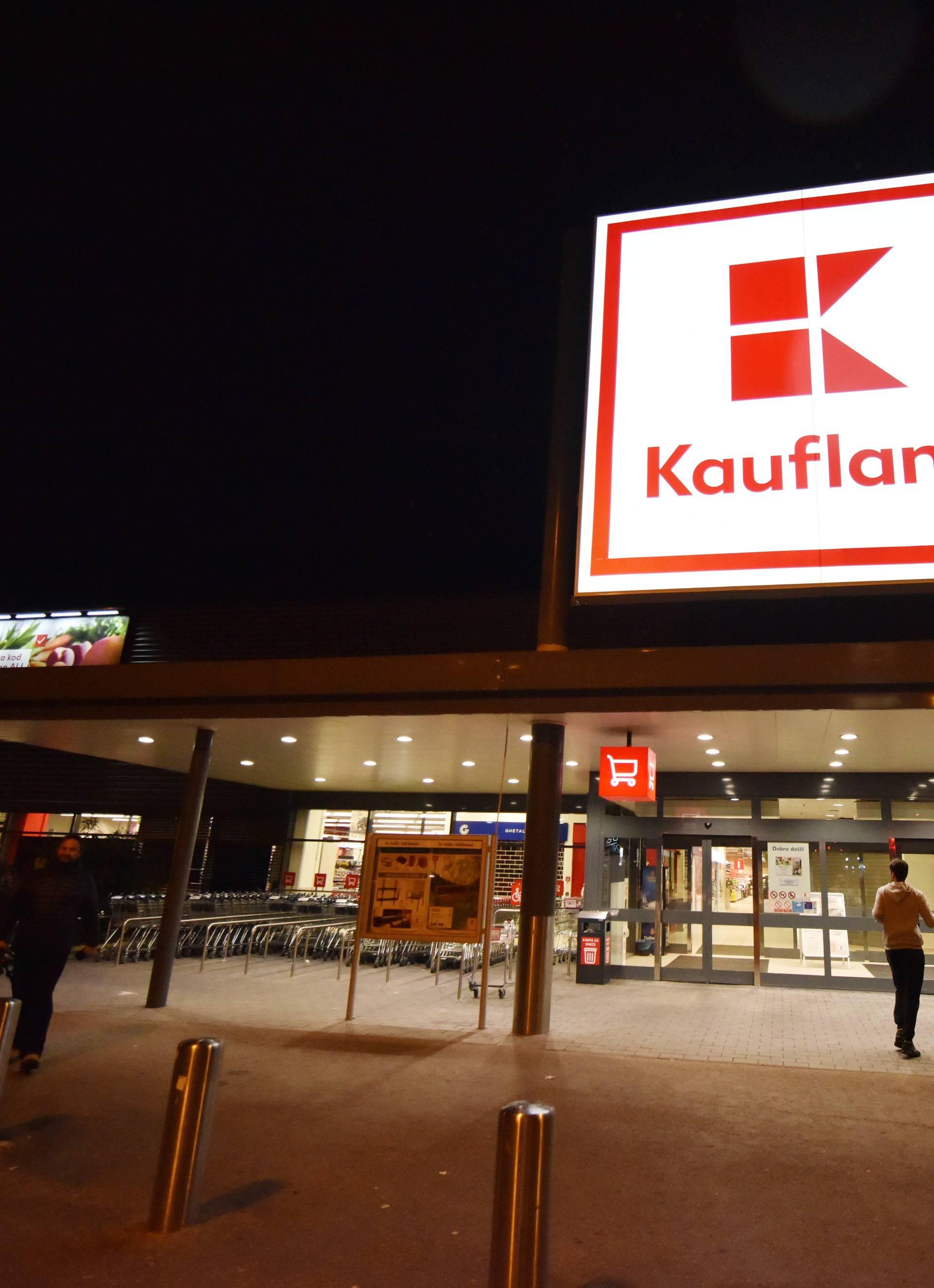 'Kupci se hvatali za grlo': Zbog suzavca evakuirali su trgovinu