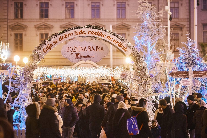 """Čarolija Božića u centru grada - """"Božićna bajka by Kaufland"""""""