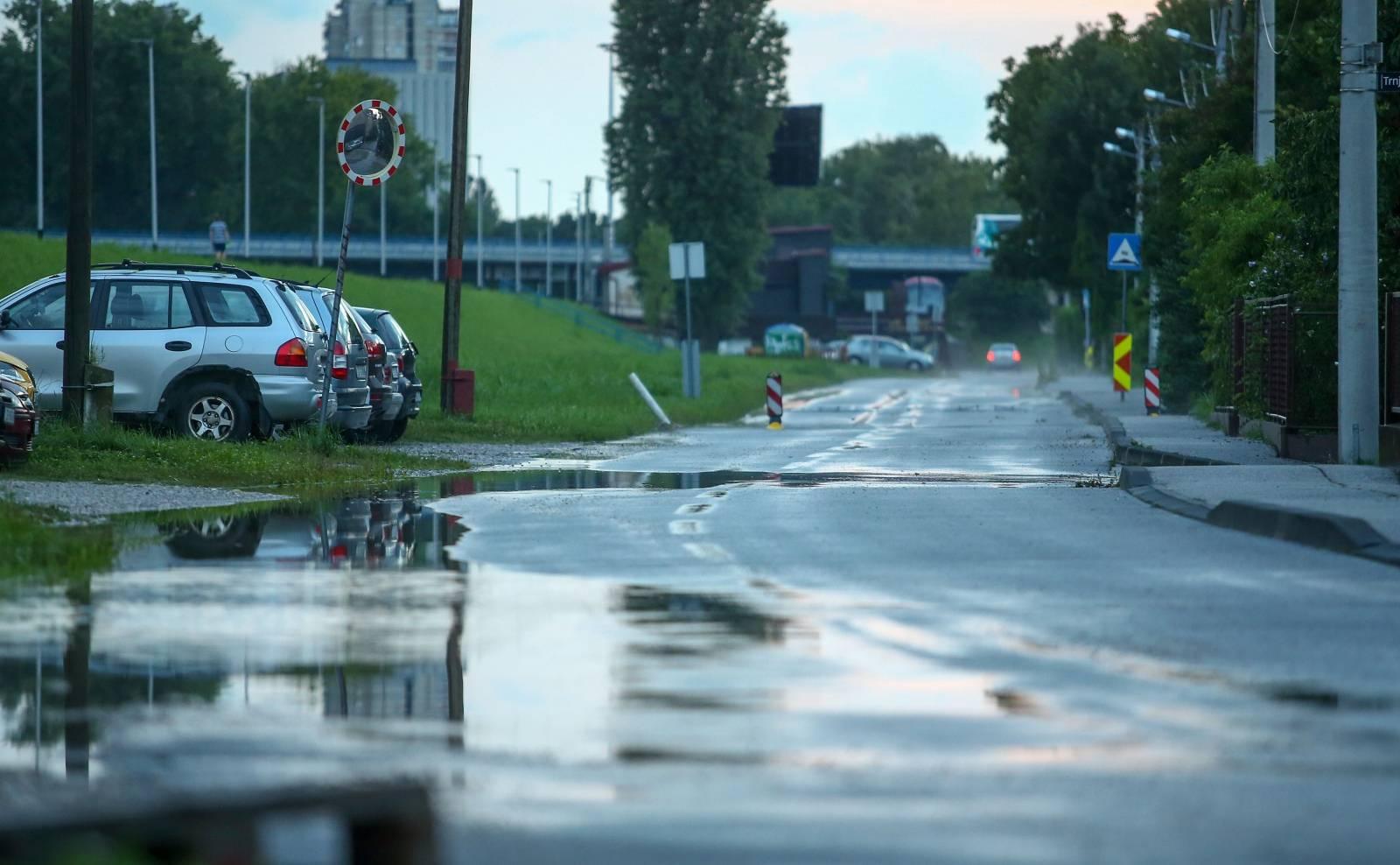 Zagreb: Trnjanski nasip nakon pljuska