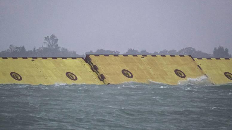 Veneciju su od poplave obranile barijere izgrađene u Brodosplitu