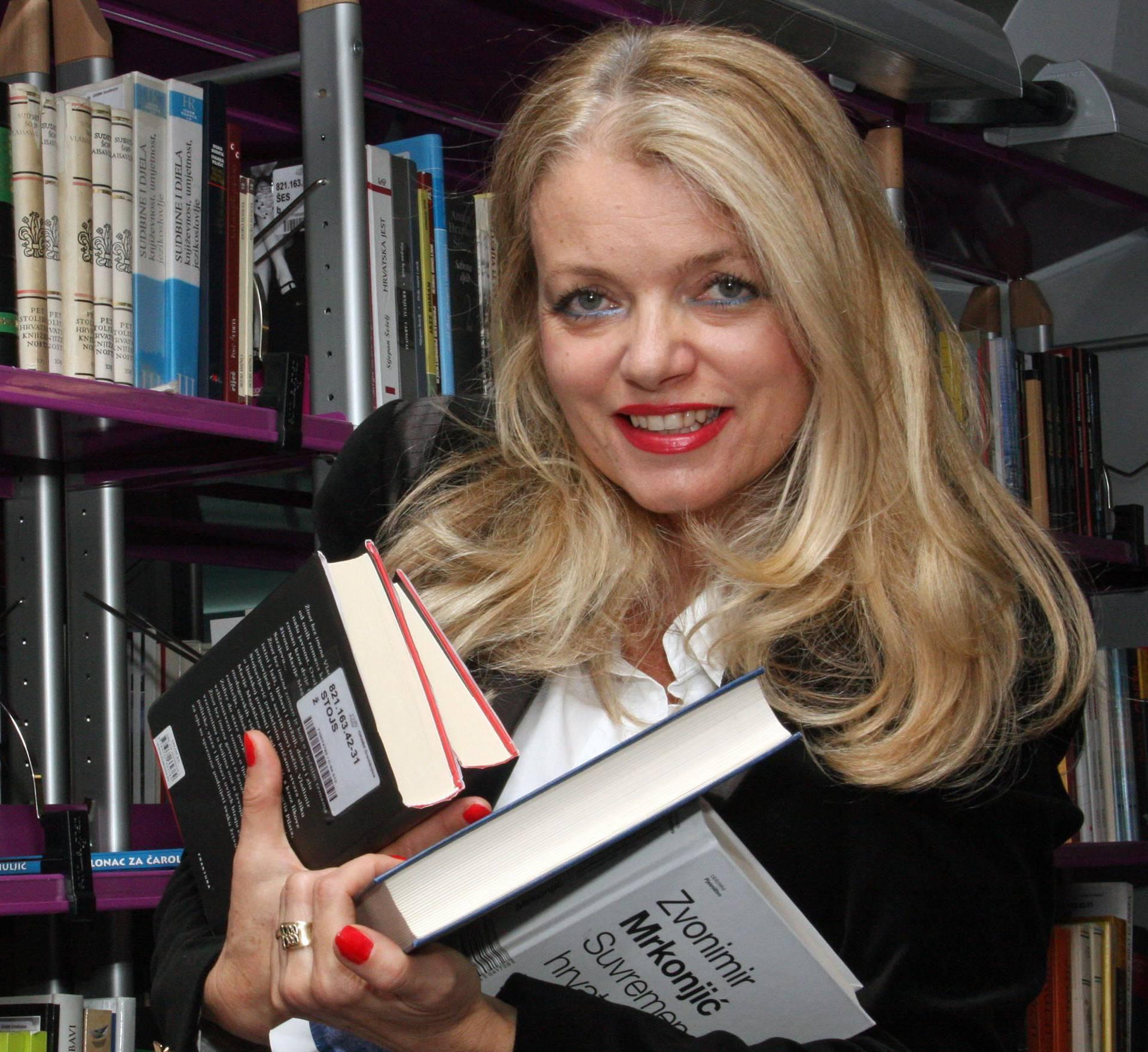 Vjekoslava Huljić je osvojila književnu nagradu u Osijeku
