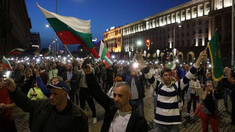 Bugari na ulicama već 100 dana traže odlazak Borisova i vlade