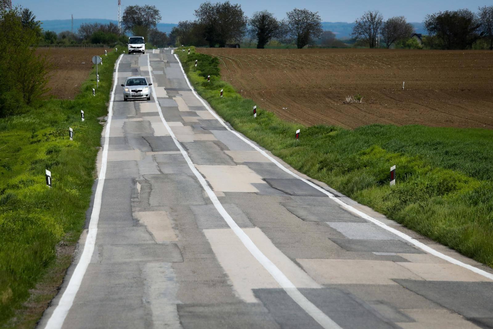 Državna cesta D2 na dionici Vukovar - Ilok