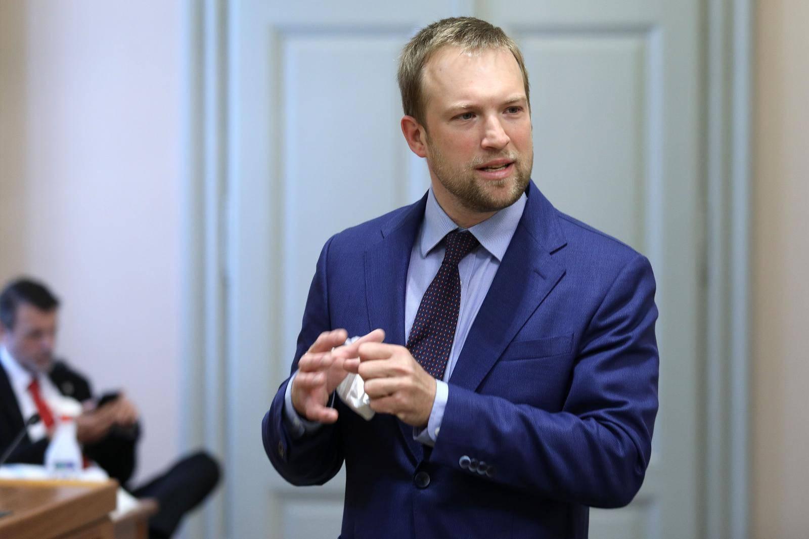 Zagreb: Sabor nastavio sjednicu raspravom o dopuni Zakona o strancima