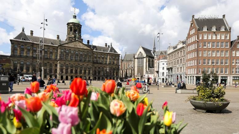 Nizozemska ukida nošenje maski, Italija popušta mjere