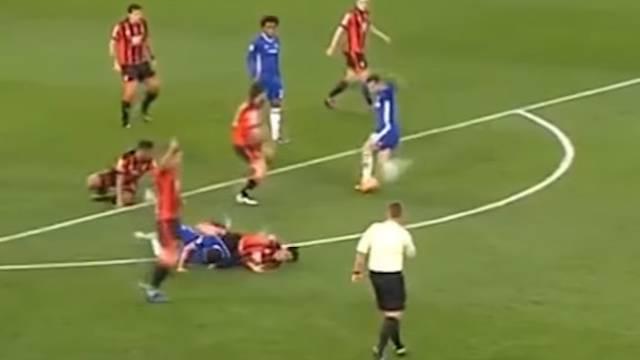 Golman upropastio sve: Hazard umalo zabio najbolji gol ikada
