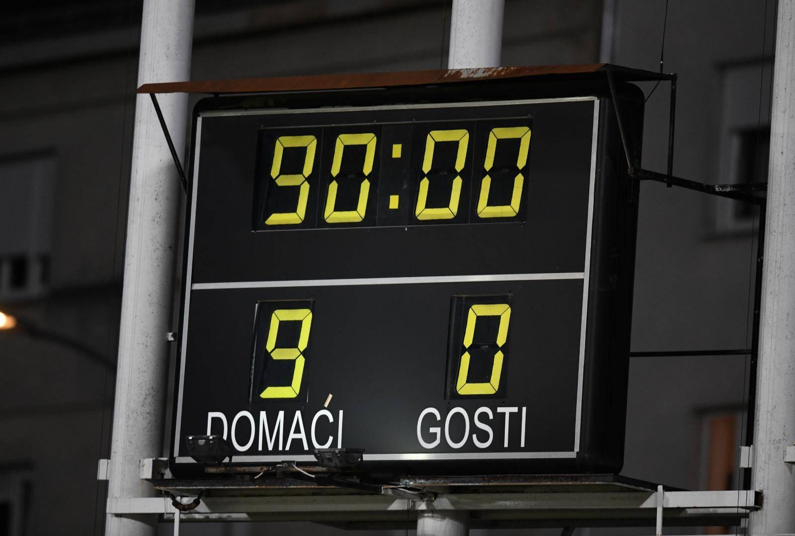 Hrvatska pobijedila San Marino 10:0, no semafor prikazuje samo jednoznamenkaste brojeve