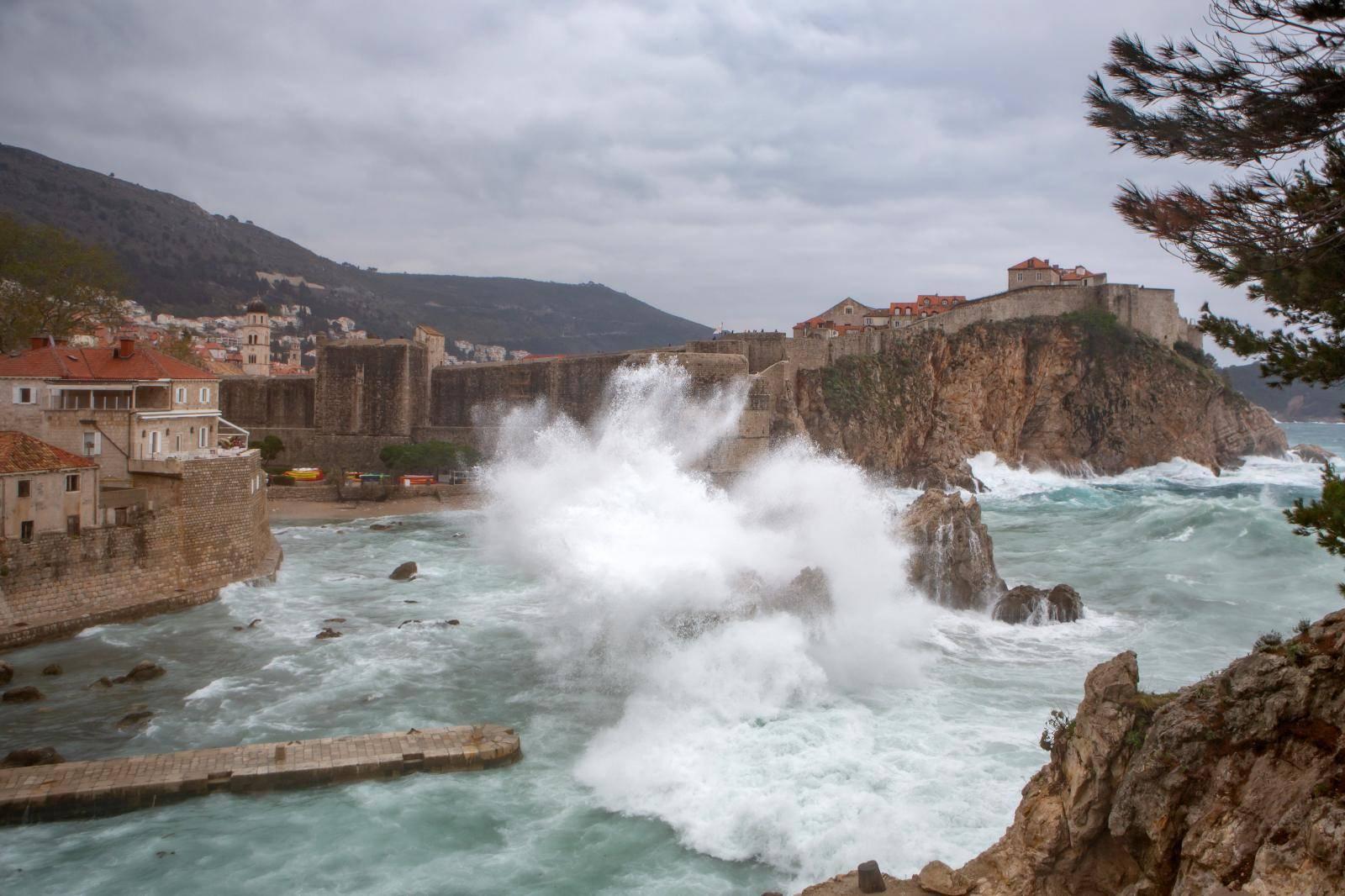Jako nevrijeme zahvatilo Dubrovnik