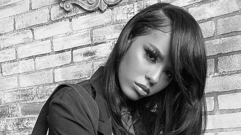 U prometnoj nesreći poginula je talentirana američka pjevačica