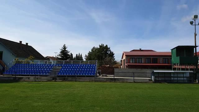 Tukli se igrači, navijači, redari: Dinamo Predavac vs Tehnika Koprivnica, to je bio opći cirkus!