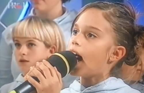 Prije 20 godina: Mala Franka je uz zbor otpjevala Oliverov hit