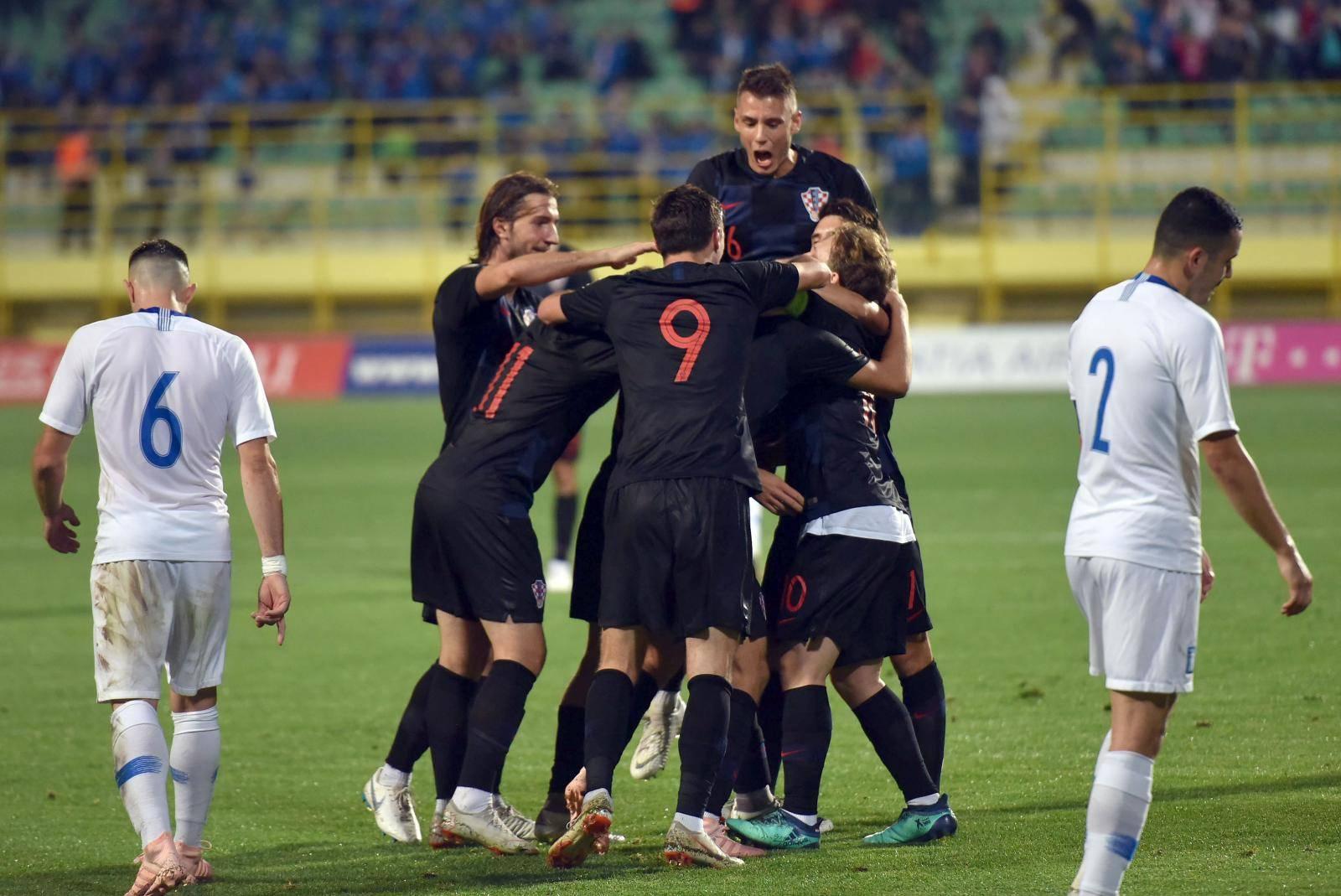 Mladi 'vatreni' dostigli dva gola prednosti Italije za dobar remi