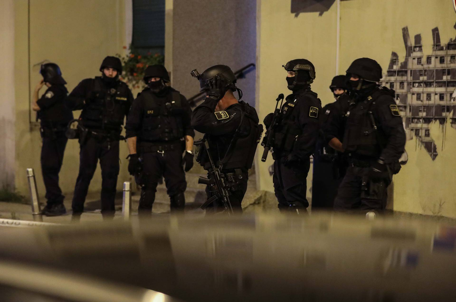 Pucnjava u Dugavama, jedan je ozlijeđen: 'Policajci su stigli brzo, navukli su pancirke'
