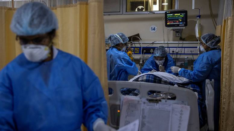 Dramatičan apel iz mostarske Covid bolnice: Poštujte mjere, prestanite s okupljanjima