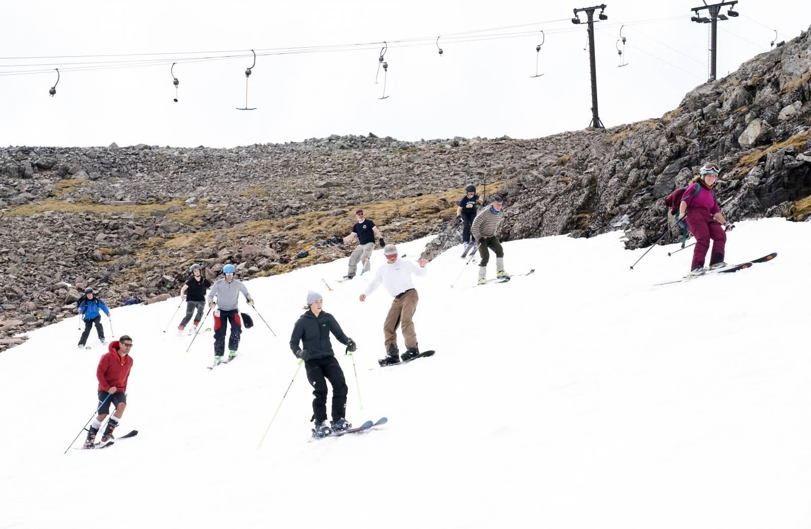 Mid-summer ski, Glencoe