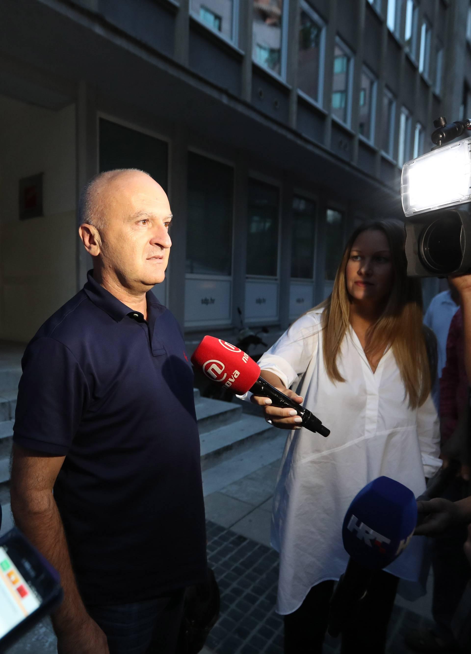Zagreb: Predrag Matić dao izjavu za medije nakon sastanka užeg dijela Predsjedništva SDP-a