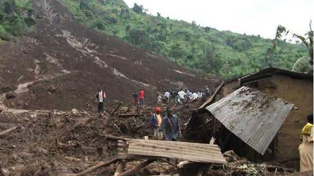 Uništene kuće, stoka zatrpana: Više od 30 poginulih u odronu