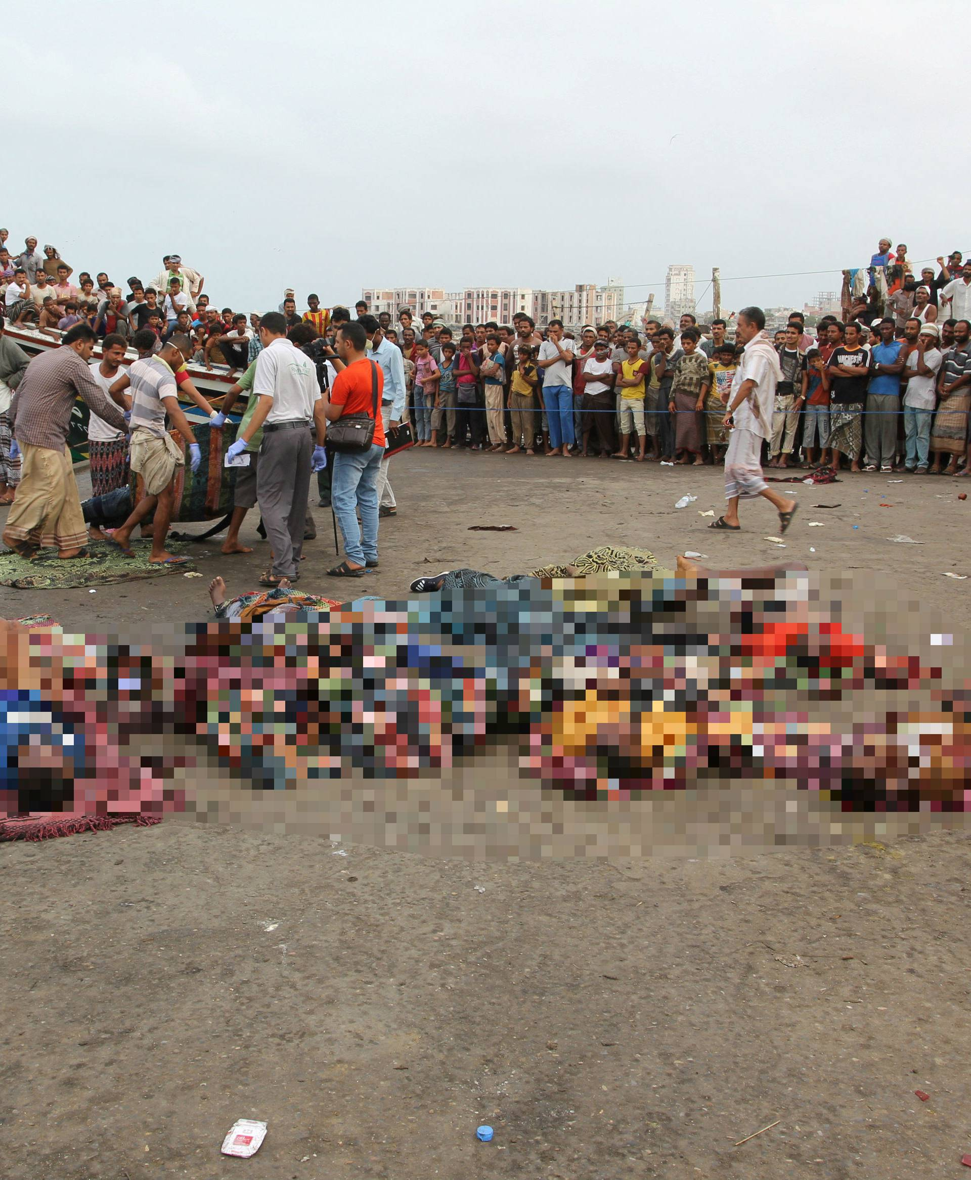 Napad na luku u Jemenu: 'Posvuda su dijelovi tijela'