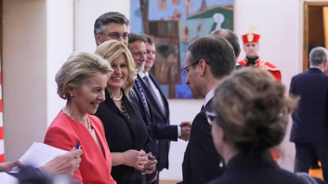 Zagreb: Dolazak uzvanika na svečanu večeru u organizaciji predsjednice Grabar-Kitarović